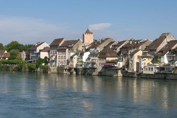 /uploads/attachment/file/1379/000058-rheinfelden.jpg
